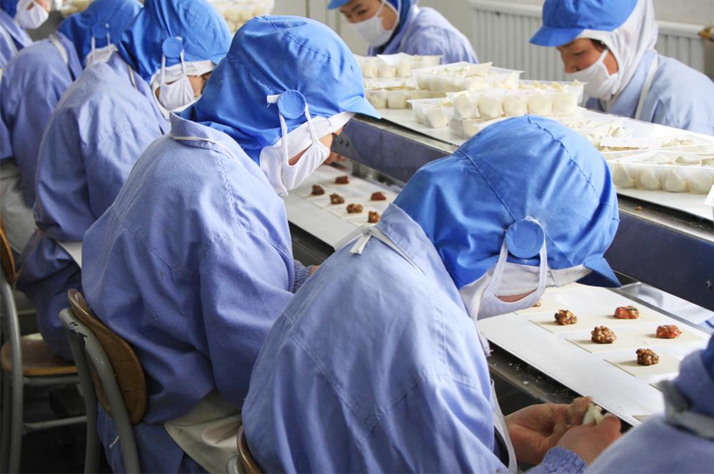 小厮吃货总部工厂是如何稳定产品质量的呢?
